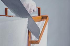 شرکت فرآورده های ساختمانی آذر ساروج سبلان | بلوک سبک اتوکلاو شده و ملات خشک | ویژگی های بلوک سبک اتوکلاو شده | کارپذیری بالا